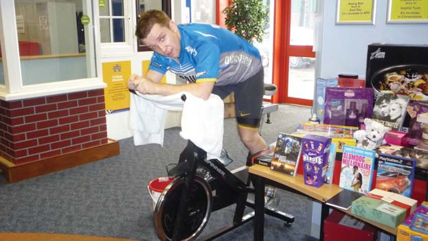 Gareth in the call centre for spinathon