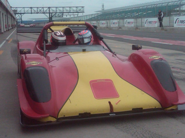 Jack in the Radical racig car