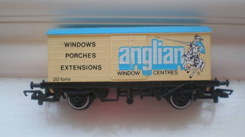 Anglian Windows Hornby Railway Carriage