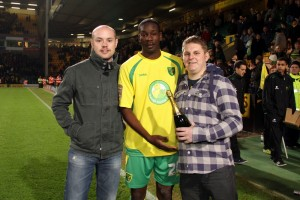 Leon Barnett awarded MOTM award by Kirk Lanckmans and Rob Hirst