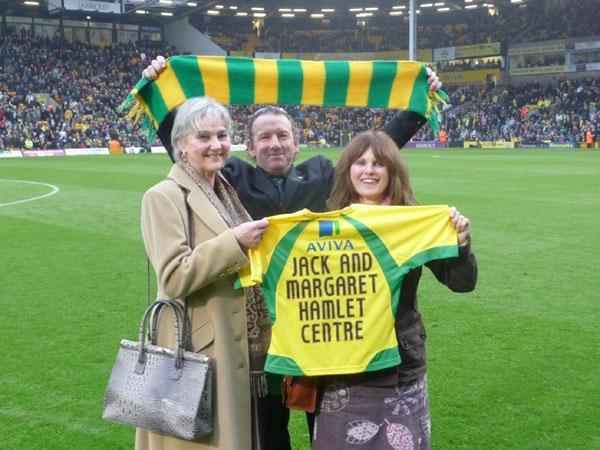 New Norwich City fotball shirts