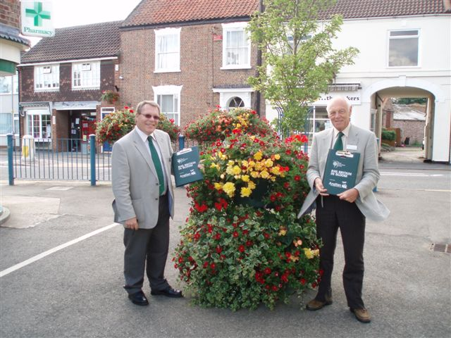Judges with Planter provided by Anglian