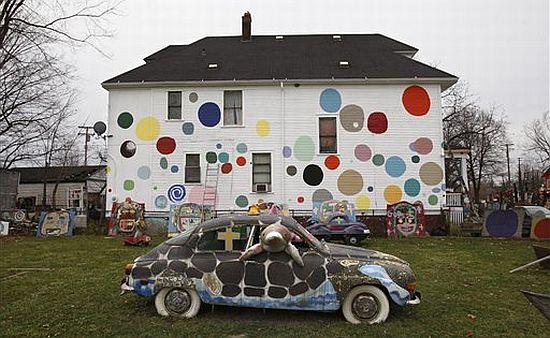 Spotty House, Detroit
