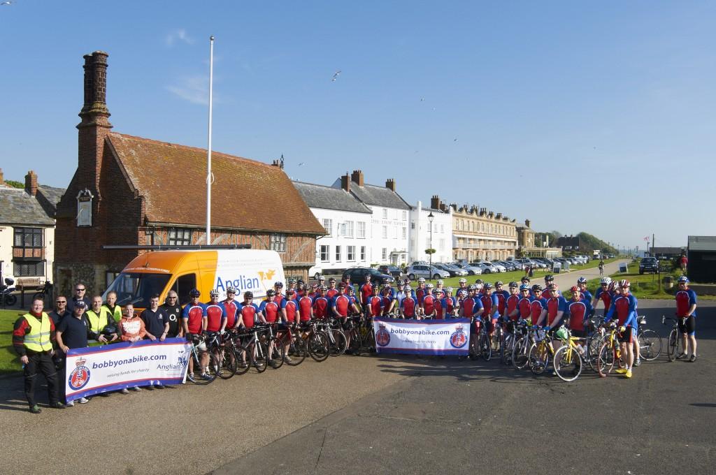 Aldeburgh welcomes Bobby on a Bike 2012