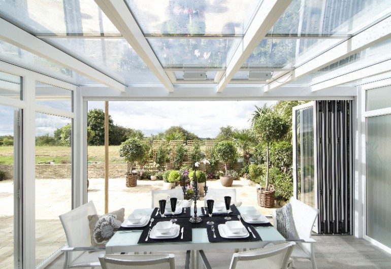 Anglian Conservatory with bifolds & veranda