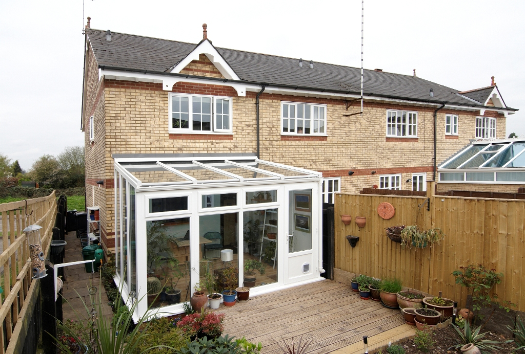 Top 5 conservatory styles good to be home for Garden house extension