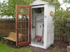 http://www.roomzaar.com/rate-my-space/Gardens/Backyard-Re-do/detail.esi?oid=447810
