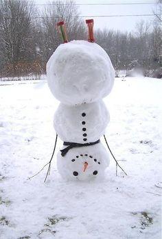Handstand snowman (pinterest)