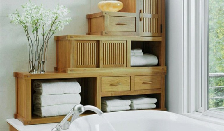 Why Small Bathrooms are the Best and How to Make the Most of Them