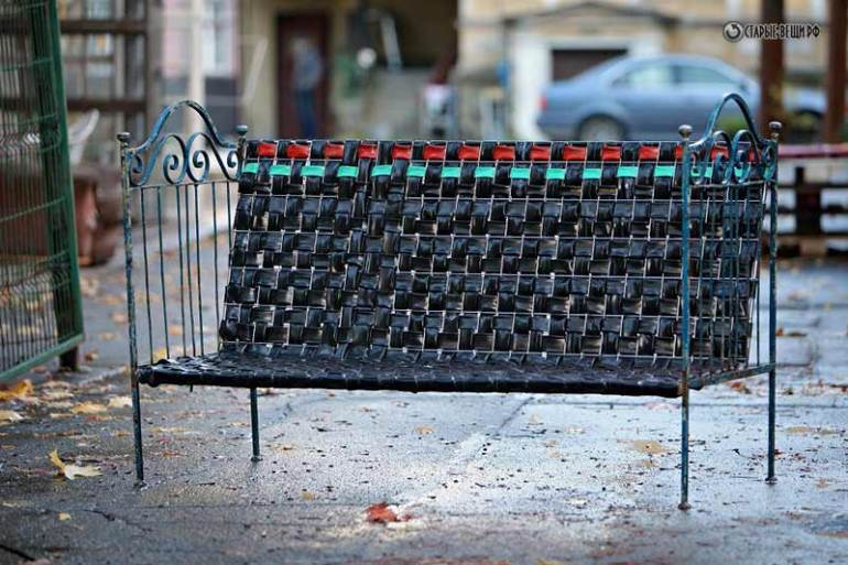 bycycle inner tube and bedframe bench