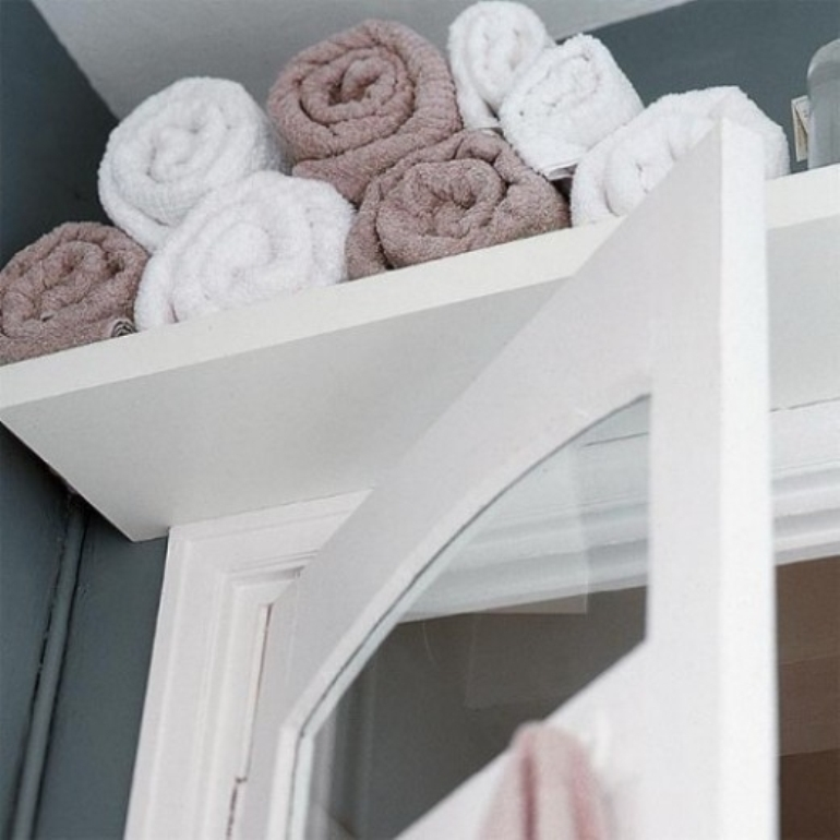 indulgy bath towel shelf