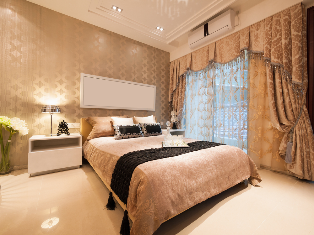 Luxury bedrooms vs minimalist bedrooms which one is for for Minimalist single bedroom