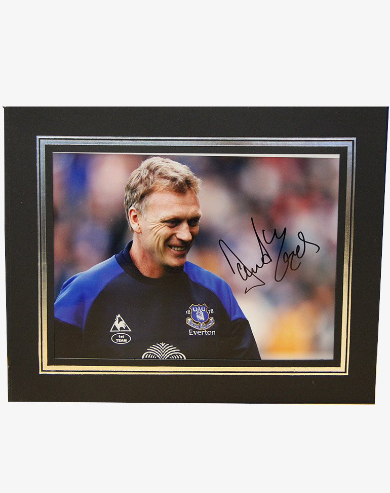 Click here to bid on the Signed David Moyes Photo at Everton