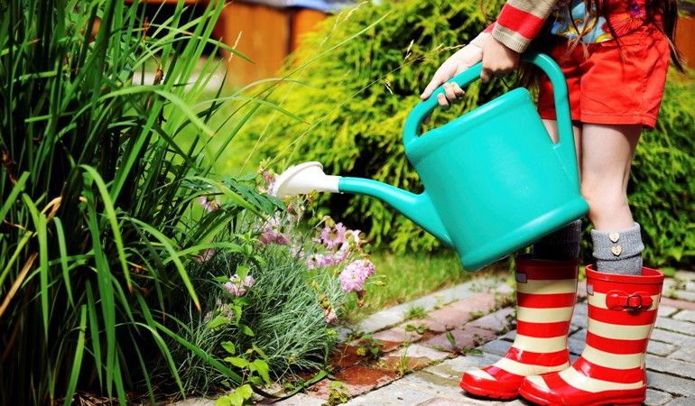 How to Get Your Kids Interested in Gardening