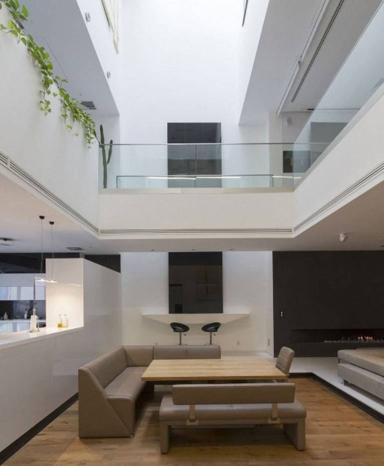 Dining area of Sharifi ha house - NextOffice