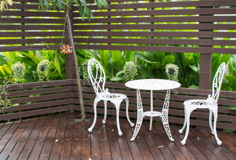 White Iron Furniture