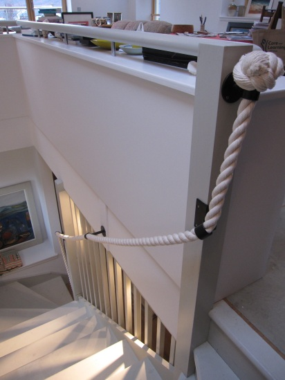 banister-32mm-cotton-rope-with-bespoke-brackets