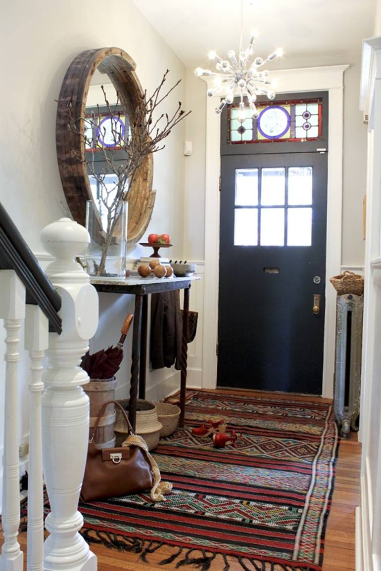 10 Ways You Can Make Your Entrance Hallway Personal To You