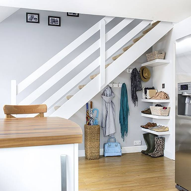 Staircase Ideas For Your Hallway That Will Really Make An: 10 Ways You Can Make Your Entrance Hallway Personal To You