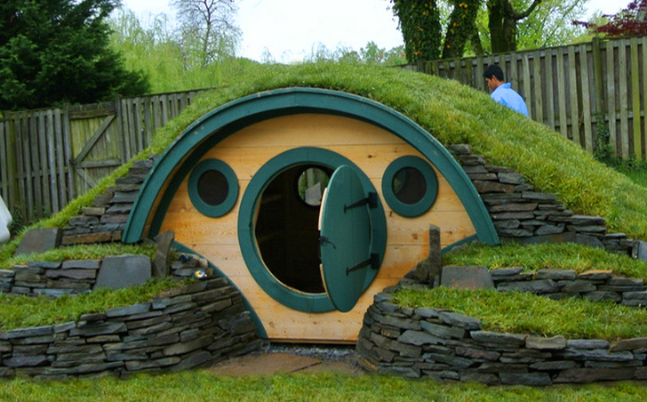 Amazing Lord of the Rings Home Decor Ideas | Good to be Home