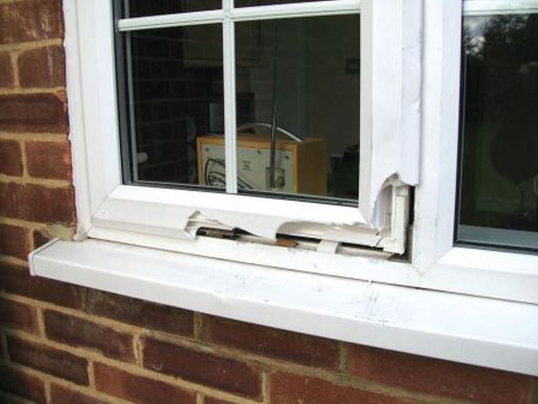 Attempted break in through an Anglian Window