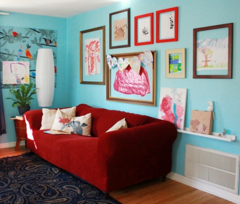Kids-Art-Display-Wall-Artful Mum