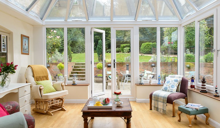 What Furniture Looks Best in a Conservatory?
