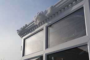 Conservatory roof with snow