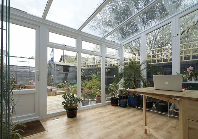 Anglian Lean to conservatory