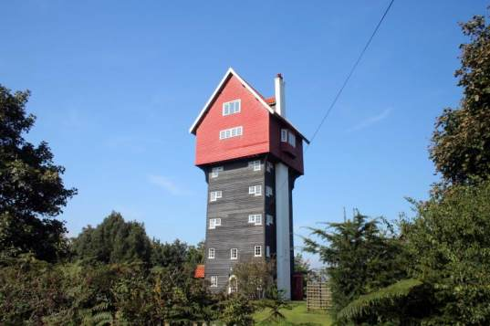 Sufflok Water Tower