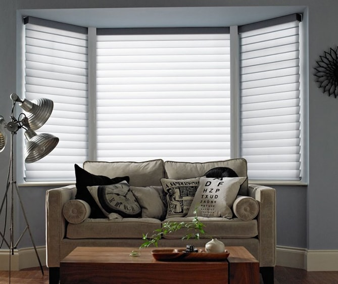 Thomas Sanderson White blinds living room set