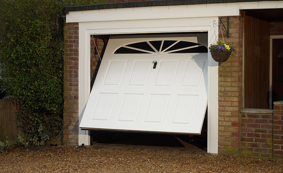 u0027maineu0027 one piece grp garage door finished in white u0027 single doors n44 garage